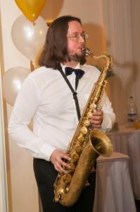 8 (916) 702 – 11 – 08саксофонист на вечеринку
