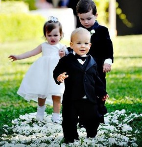 8 (916) 702–11–08 дети на свадьбе
