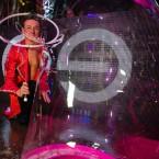 Шоу гигантских пузырей2
